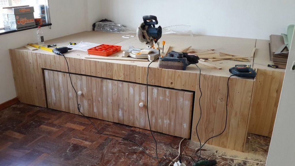cama escritorio sin espacio 11