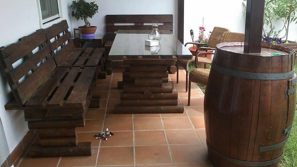 muebles-practicos-bonitos-faciles-hacer-palets-conjunto-terraza