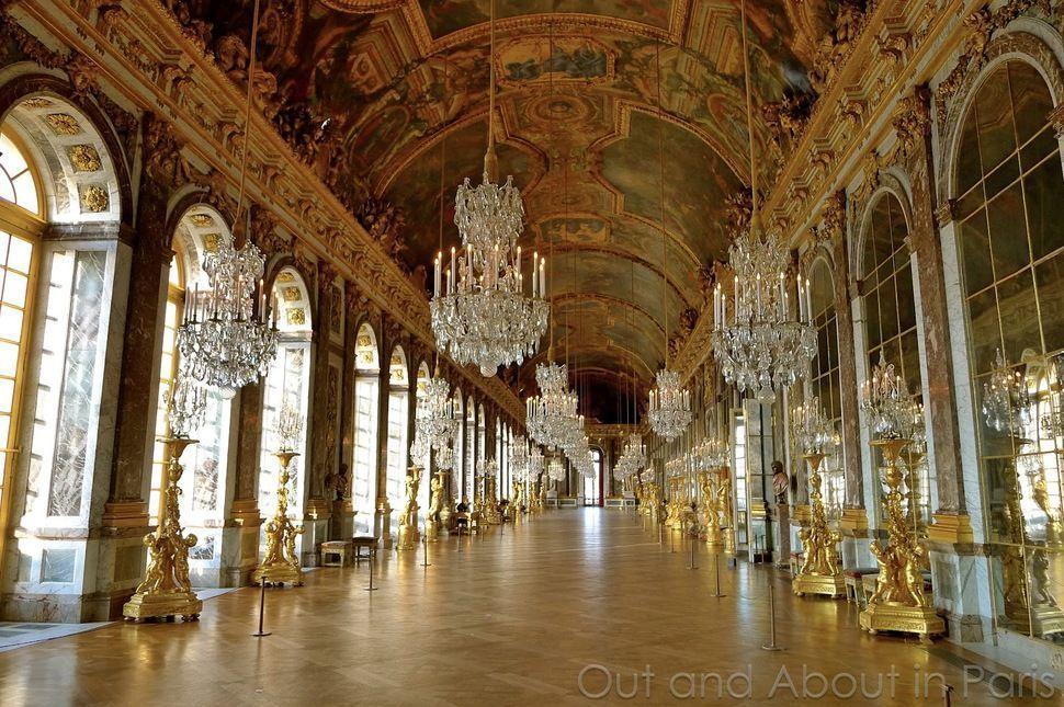 techos-especiales-originales-asombrosos-pasillo-espejos