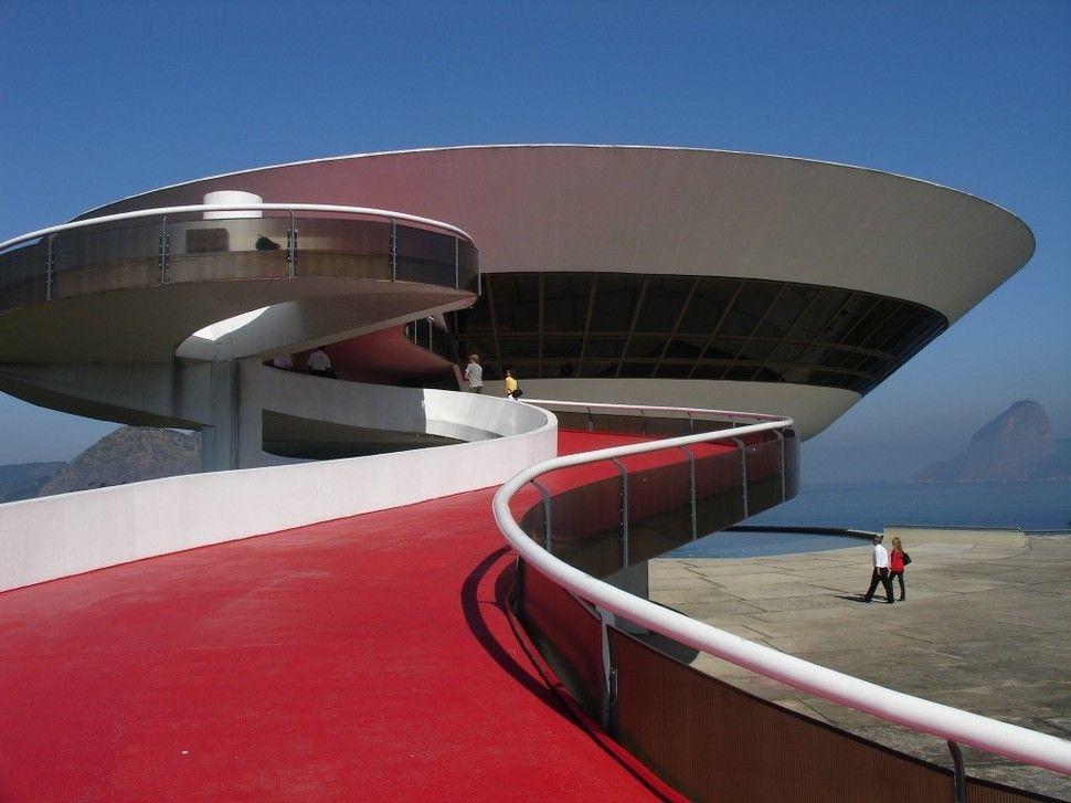 edificios-mas-extranos-museo-niteroi