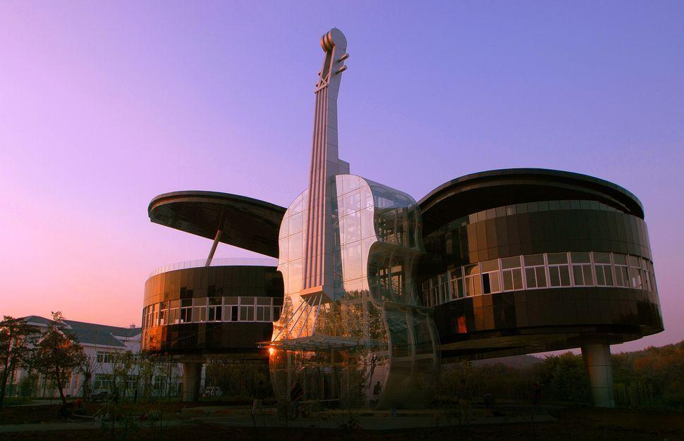 edificios-mas-extranos-casa-piano