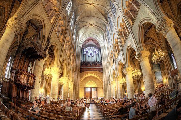 iglesias-catedrales-maravillas-arquitectonicas-grandes-importantes-notre-dame