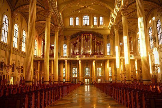 iglesias-catedrales-maravillas-arquitectonicas-grandes-importantes-lichen