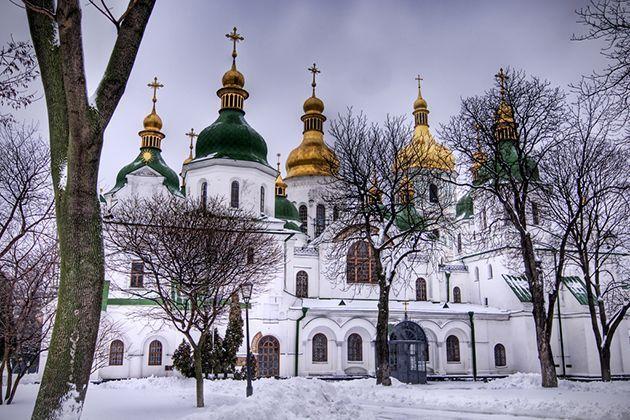 iglesias-catedrales-maravillas-arquitectonicas-grandes-importantes-santa-sofia-ucrania