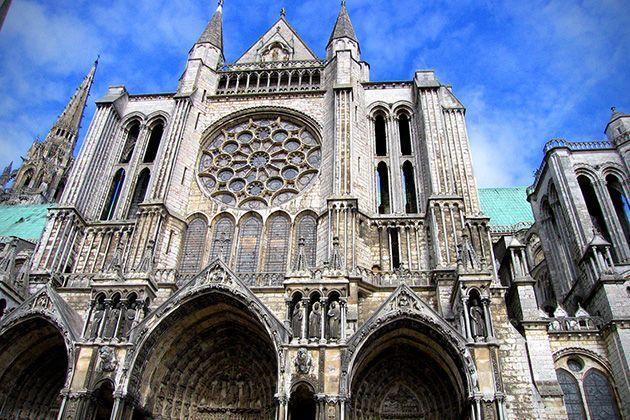 iglesias-catedrales-maravillas-arquitectonicas-grandes-importantes-chartres