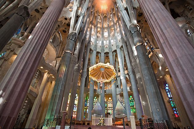 iglesias-catedrales-maravillas-arquitectonicas-grandes-importantes-sagrada-familia