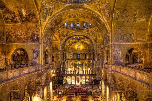 iglesias-catedrales-maravillas-arquitectonicas-grandes-importantes-san-marcos