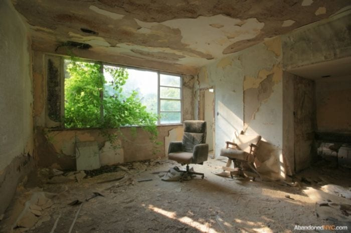 lugares-abandonados-llenos-historias-ressort