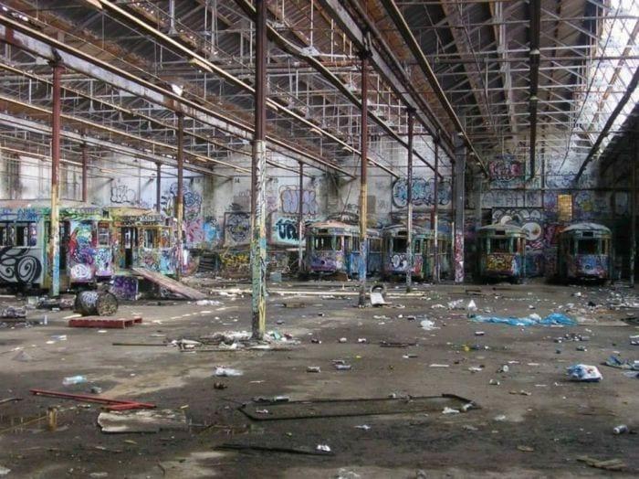 lugares-abandonados-llenos-historias-estacion-tramvia