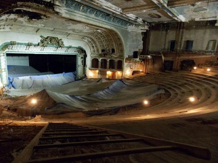 lugares-abandonados-llenos-historias-opera-house