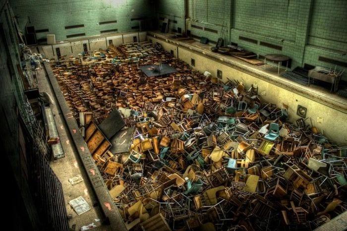 lugares-abandonados-llenos-historias-piscina-rochester