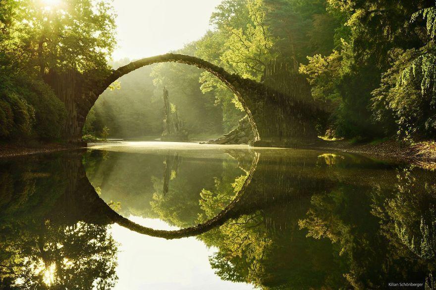 puentes-viejos-piedra-bucolicos-hermosos-rakotz