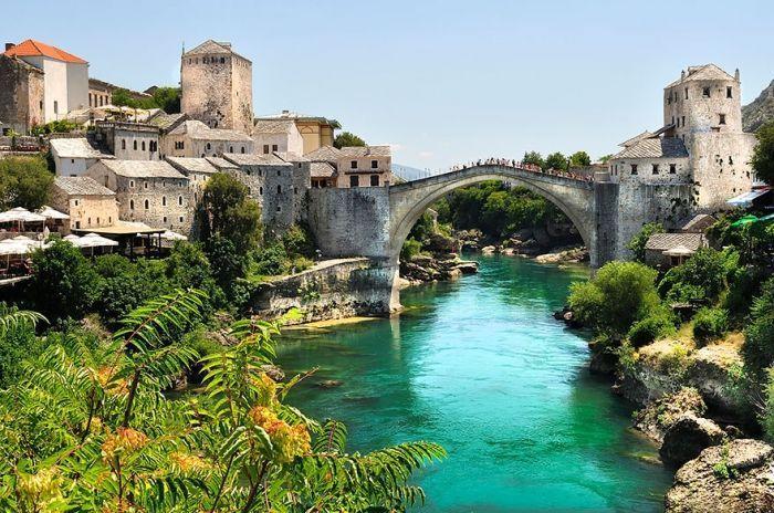 puentes-viejos-piedra-bucolicos-hermosos-stari-most