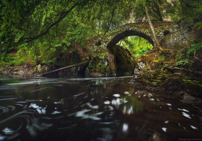 puentes-viejos-piedra-bucolicos-hermosos-hermitage
