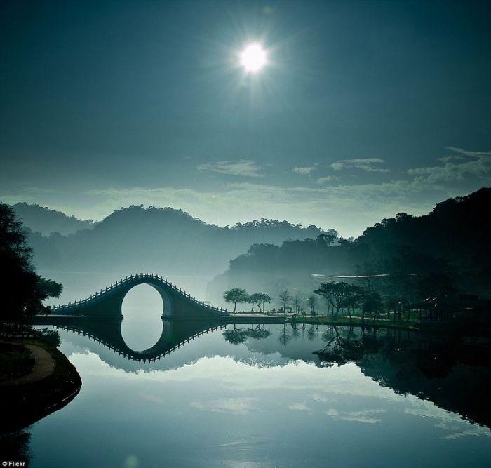 puentes-viejos-piedra-bucolicos-hermosos-moon