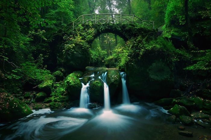 puentes-viejos-piedra-bucolicos-hermosos-mullerthal