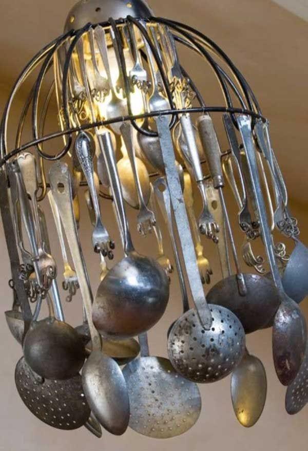 lampara decoracion hecha utensilios cocina reciclados pucheros raseras