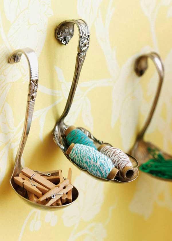 Soportes objetos utensilios cocina reciclados pucheros doblados asa