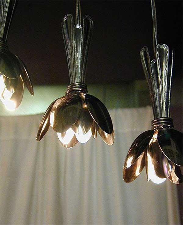 lampara decoracion hecha utensilios cocina reciclados cucharas