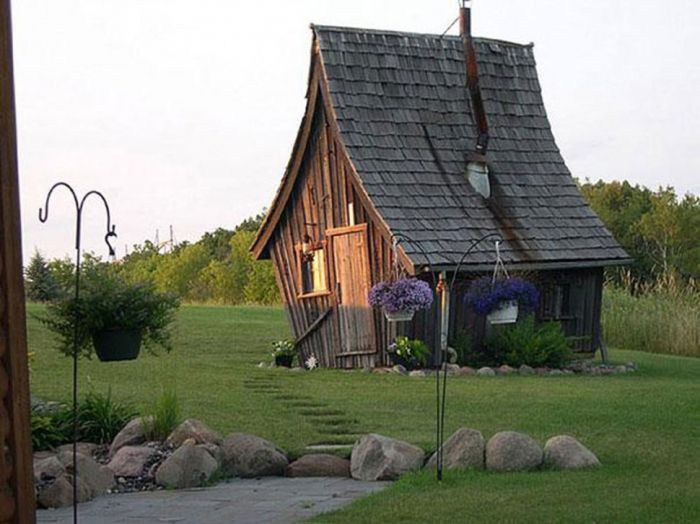 tiny house casa pequena construida forma elfica