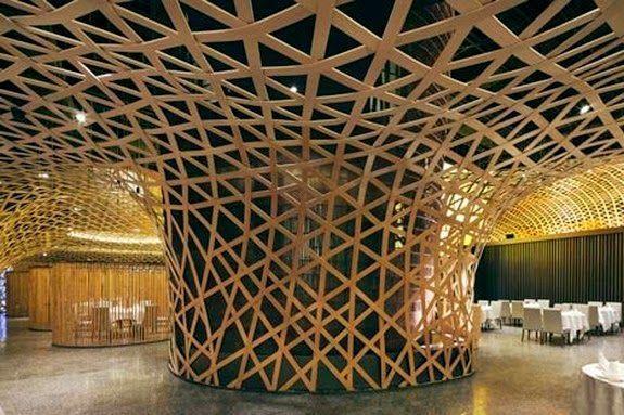 estructura palacio bambu triangulos central reservados mesas
