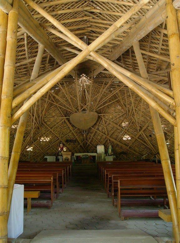 entramado techo catedral bambu bancos altar