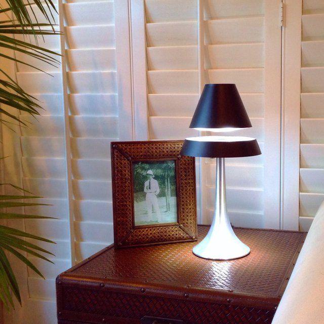 lampara diseno pie 2 piezas luz elevada foto marco mesita persiana