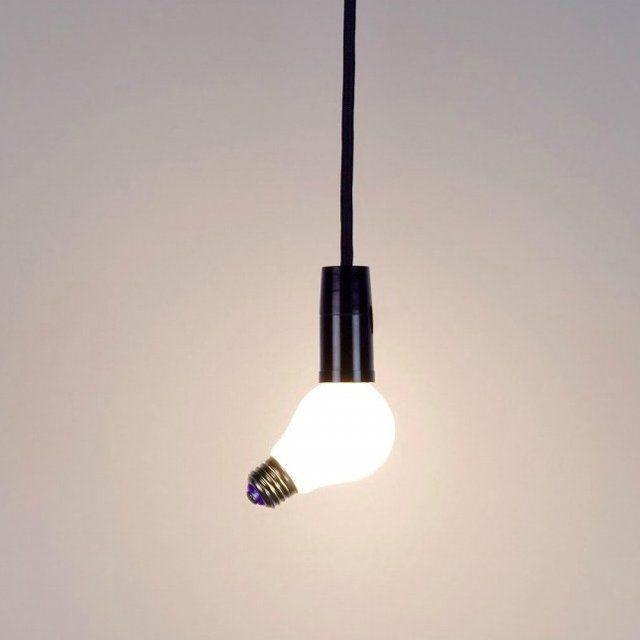 lampara techo bombilla torcida