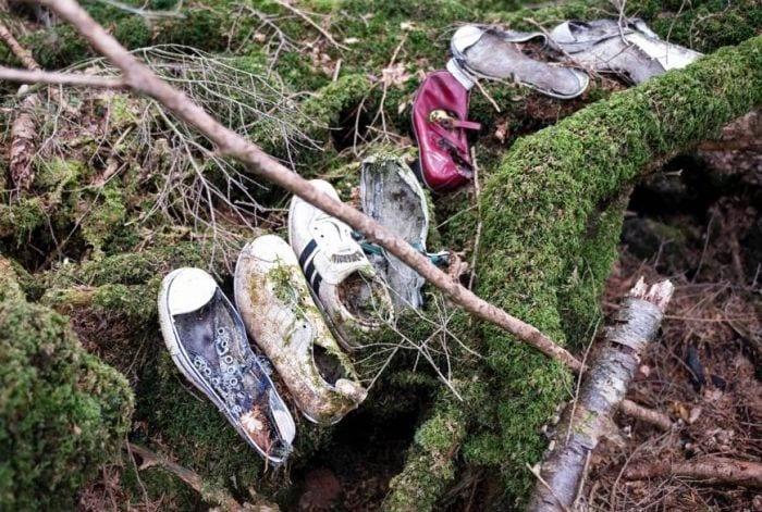 lugares reales tetricos bosque suicido zapatos abandonados