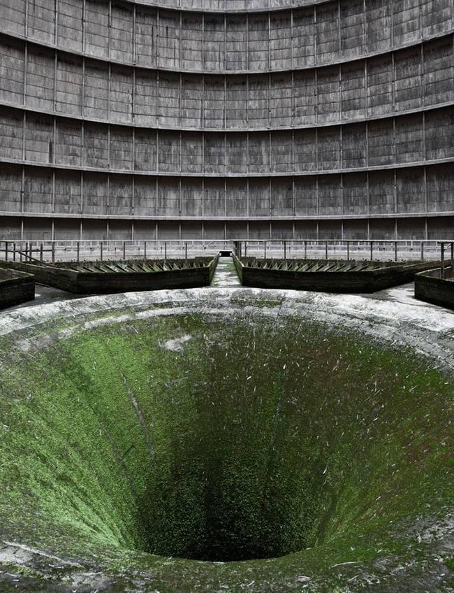 lugares reales tetricos planta energetica abandonada agujero redondo suelo