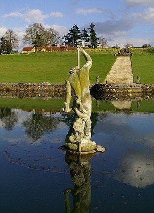 estatua-neptuno-12