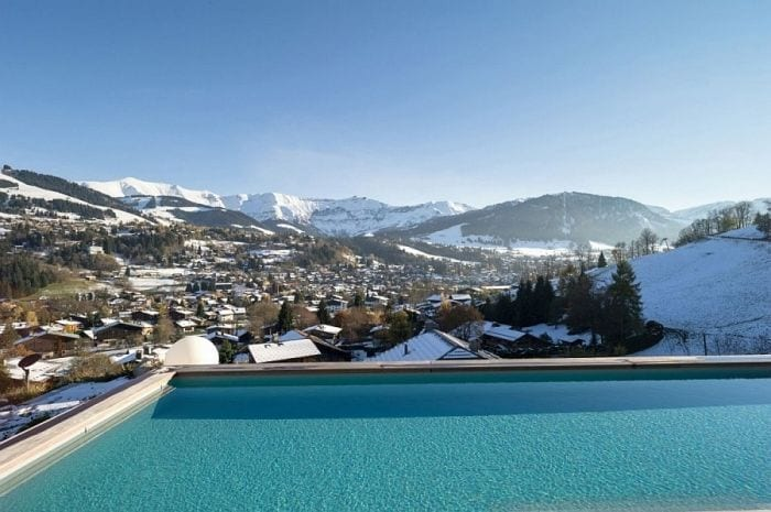 View-from-the-outdoor-infinity-pool-of-the-Chalet-Mont-Blanc