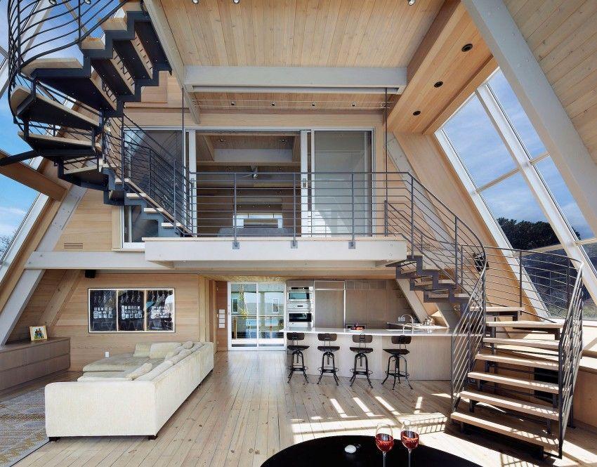 Conoce esta curiosa casa en forma de a situada en una - Casas con espacios abiertos ...