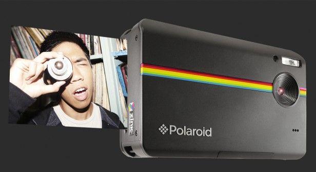 accesorio vintage camara polaroid revelar fotos instante