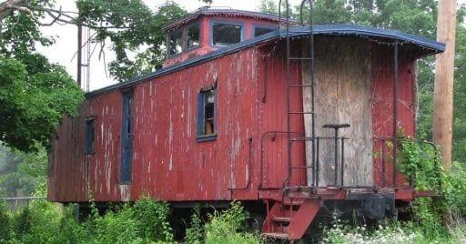 train car house1