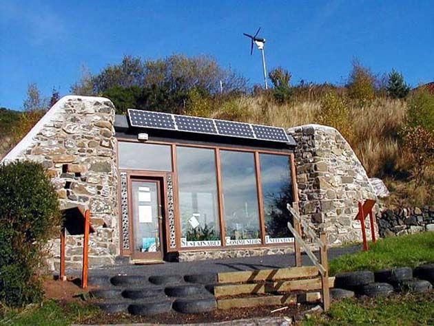 Razones para vivir en una Earthship invierno energías renovables