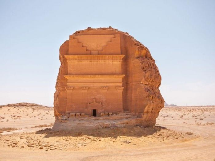 castillo-roca-desierto-03