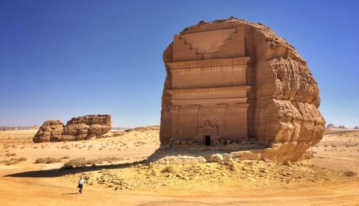 castillo-roca-desierto-04