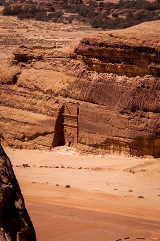 castillo-roca-desierto-07