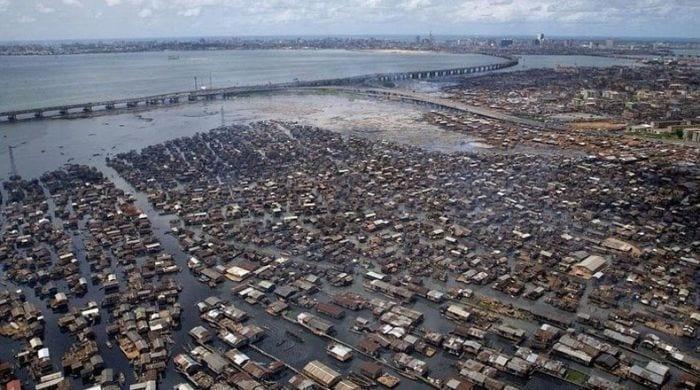 población makoko