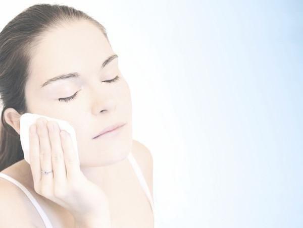 el vodka limpia los poros de tu cara