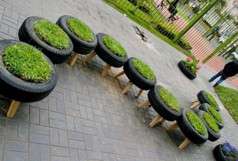 20 fant sticas ideas para decorar tu jard n con objetos Jardines verticales baratos