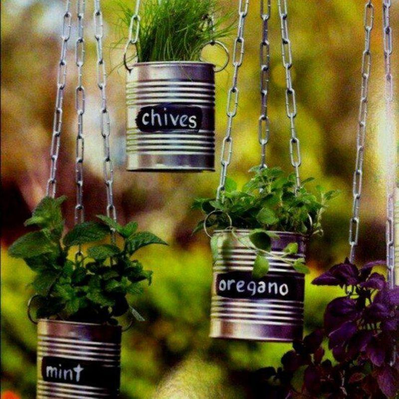 20 fant sticas ideas para decorar tu jard n con objetos for Adornos de jardineria
