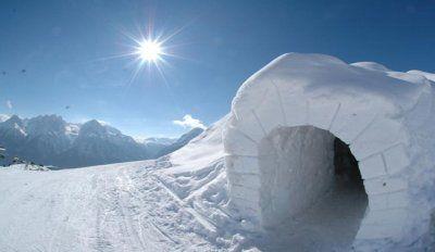 iglu-vivienda-esquimales-sol-hielo-nieve