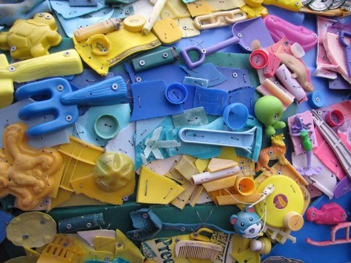 esculturas-de-plastico-11