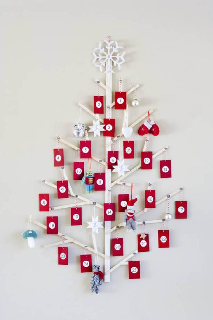 1a29bce27ff 20 árboles de Navidad que puedes hacer tu mismo con cosas recicladas ...