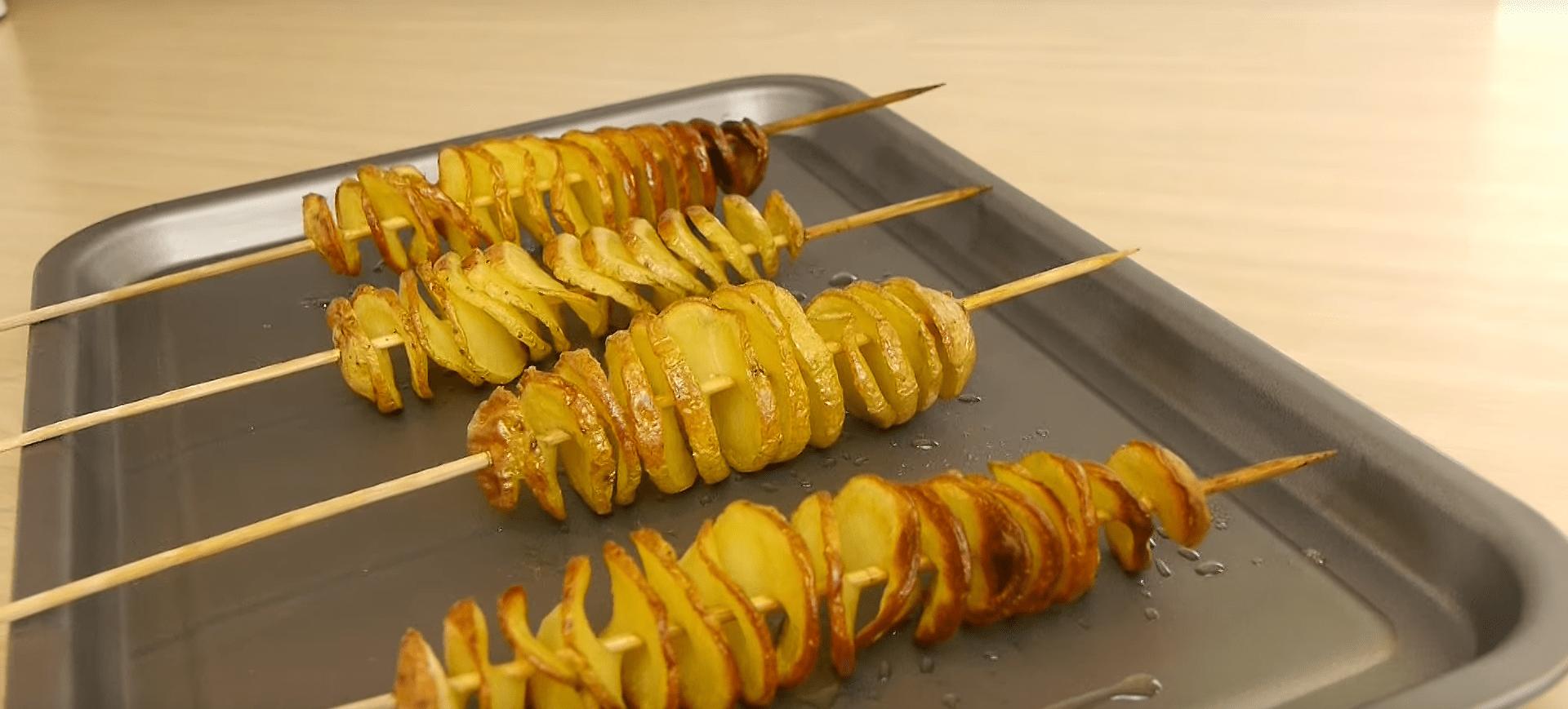 Aprende a cocinar las patatas con forma de espiral gracias for Cocinar repollo con patatas