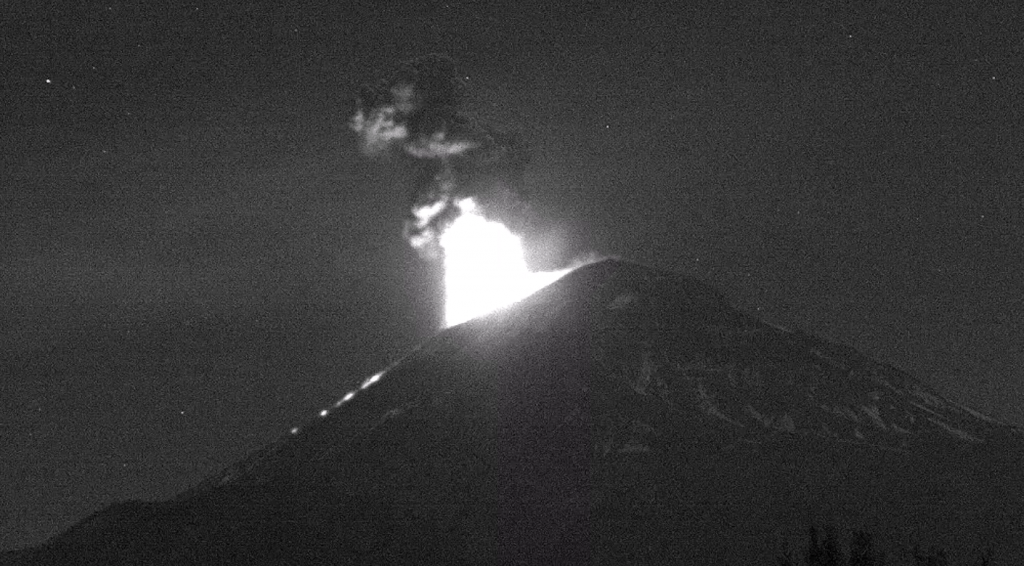 explosion-volcan-01