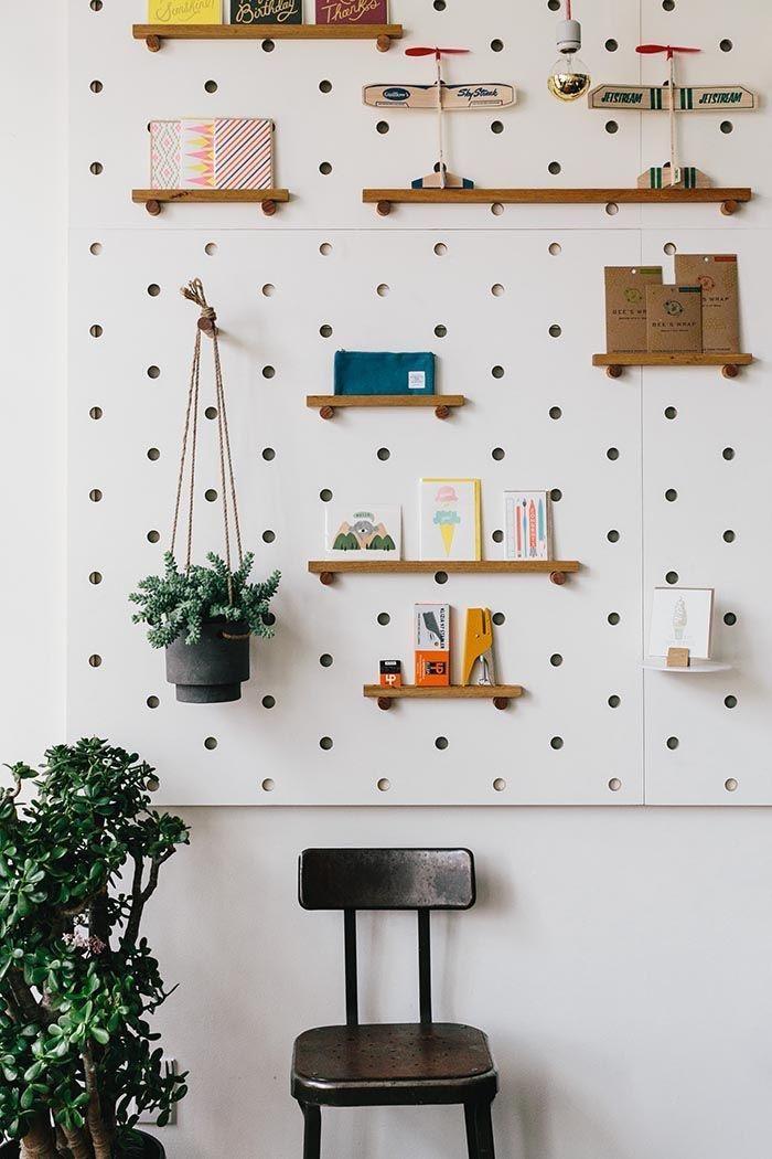 Organiza y decora tu casa utilizando simples pegboards - Casas ...