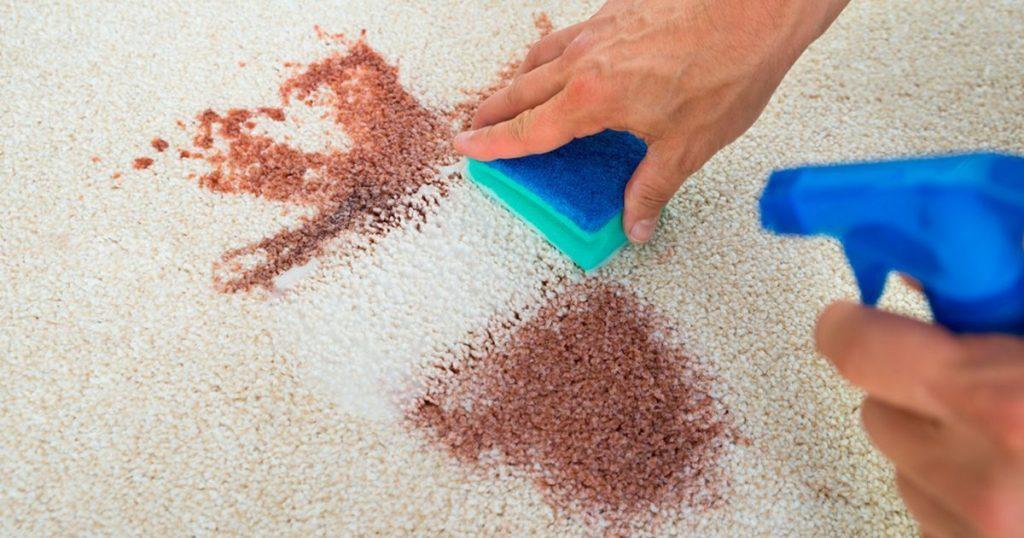 6 maneras f ciles y baratas de limpiar tu alfombra casas - Limpiar alfombra en casa ...